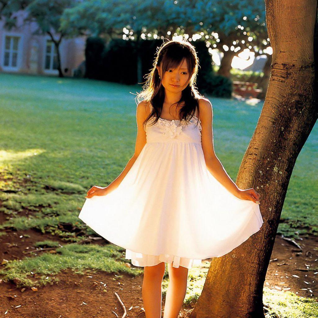 日本超可爱美少女绀野朝美写真