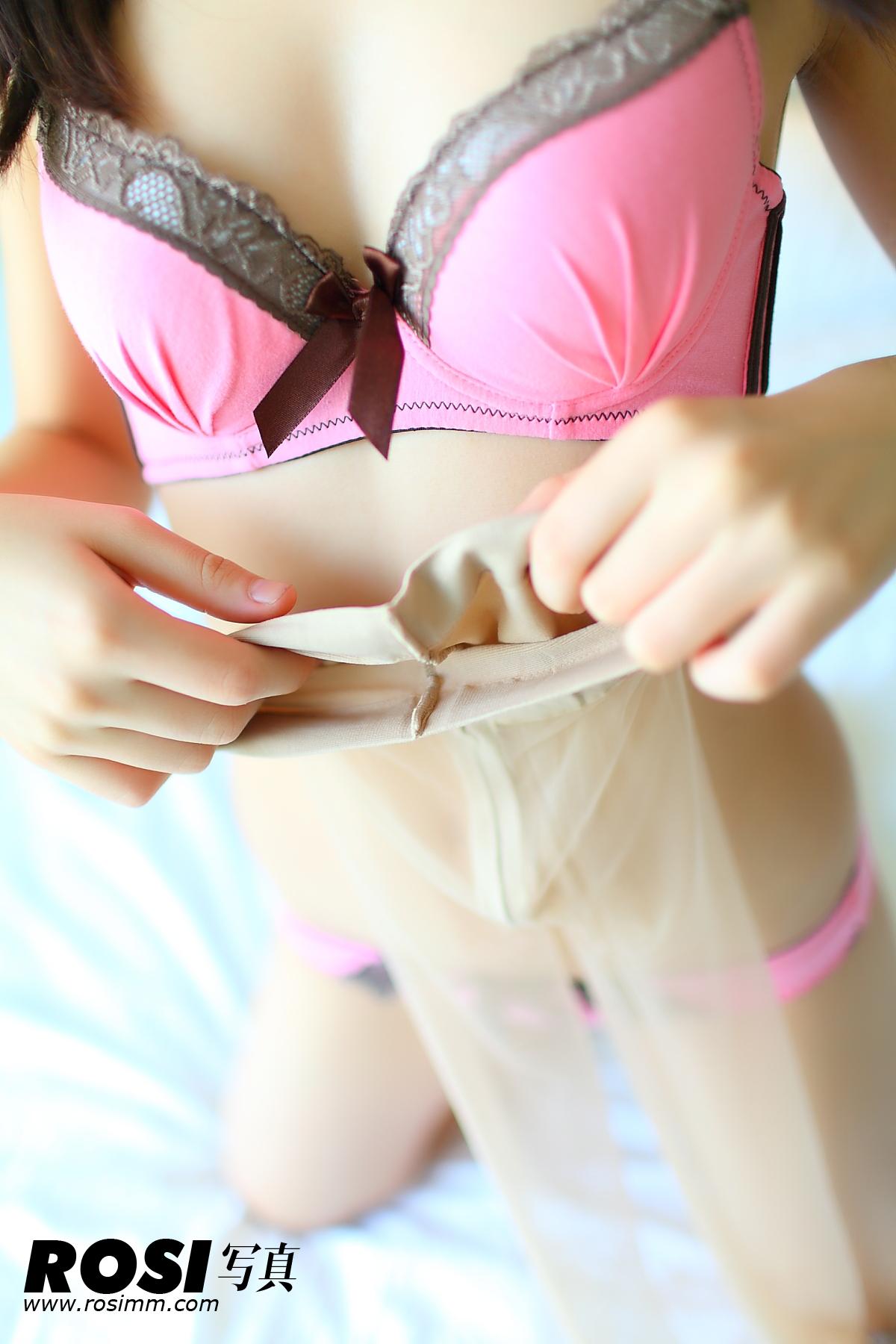 e罩杯的半裸内衣美女强势来袭