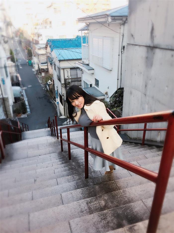 巨胸夹白刃!日本K乳女神花样玩转COS让众人拜服