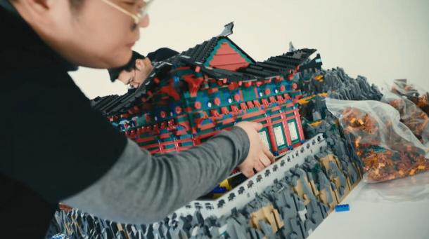 《守望先锋》官方短片 用乐高打造釜山地图迷人风貌!